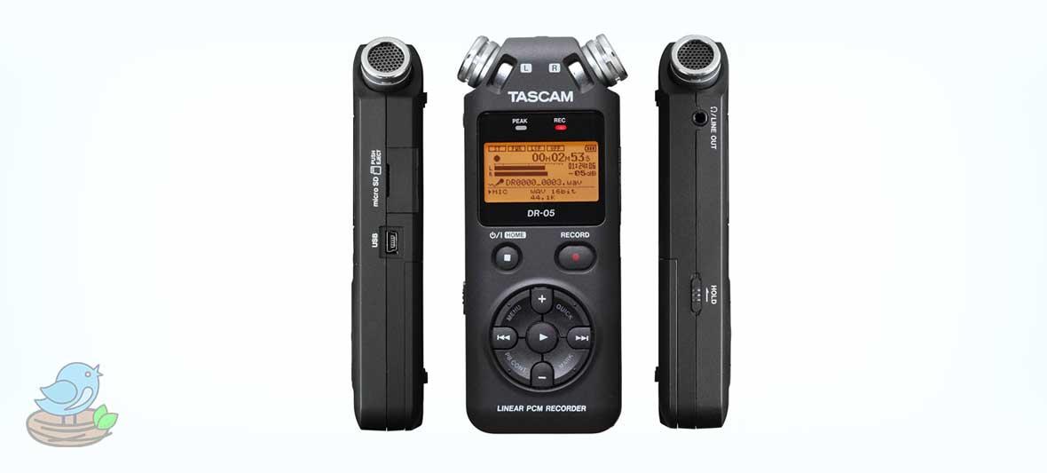 ضبط کننده صدا تسکام مدل DR-05 Portable Digital Recorder